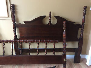 4-Posted Solid Cherry Wood Queen Bed Frame