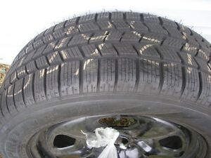 "Set of 4 New!!! 18"" Pirelli tires Snow + Ice ( Make me an offer)"