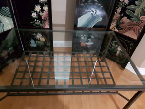 Attractive glass top coffee  table