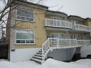 Appartement à louer St-Léonard, Haut de Duplex