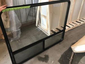 "RV WINDOW (60"" X 48"")"