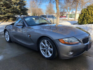 2003 BMW Z4 - 3.0L - New tires and all maintenance to date!!