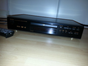 A Denon DVD-800  DVD / CD Player for sale