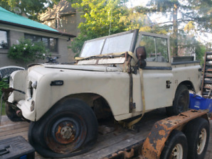 1972 landrover defender series 3  petrol military