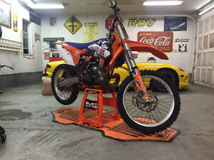 2013 ktm250sx fresh engine ,cash or trade for sled