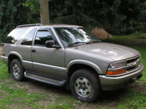 1998 Chevrolet Blazer Coupe (2 door)