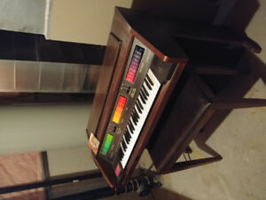 Organ for sale in perfect condition