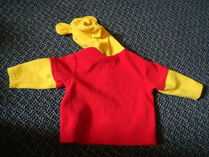 Boys Size 18 months Winnie The Pooh Hoodie Kingston Kingston Area image 2