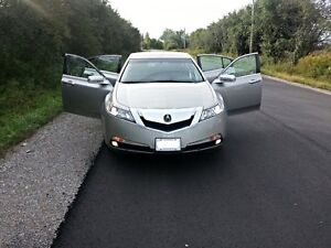 2010 Acura TL Sedan Mint Condition Looks like Brand New