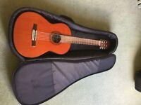 CG30R Valencia classical guitar and case