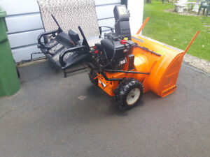 SOUFFLEUSE COLUMBIA 13HP COMMERCIALE!!!