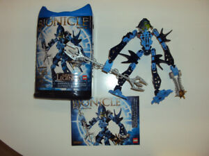 Bionicle: Kiina (includes canister and booklet)