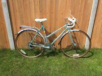 Peugeot premiere ladies road town bike