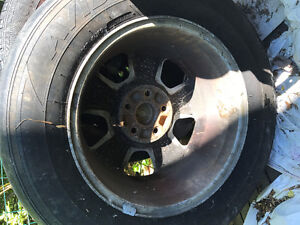 4 - 5 bolt aluminum ford rims on tires