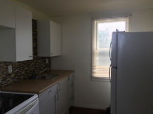 One bedroom one bathroom detached garage Thorhild AB