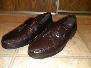 DESIGNER MEN DRESS SHOES - SIZE 12 - $25