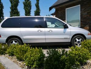 2001 ford minivan