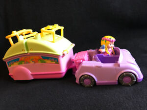 Fisher Price Little People camper $5
