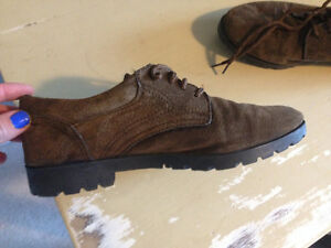 Cute brown leather tie up shoes Kitchener / Waterloo Kitchener Area image 2