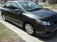 2010 Toyota Corolla S !!! FULLY LOADED with MOONROOF
