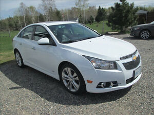 2014 Chevrolet Cruze RS 2LT loaded Sedan