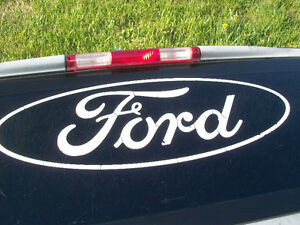 FORD F150 REAR WINDOW Cornwall Ontario image 2