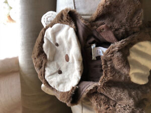 Like new pottery barn kids monkey costume 6-12 month