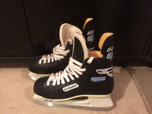 Skates size 10, Bauer Charger