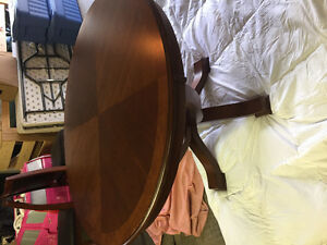 Round dining table and 3 chairs