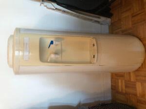 Distributrice d'eau GREENWAY parfaite condition