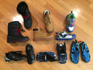 Size 10 LIKE NEW toddler shoe/ boot lot
