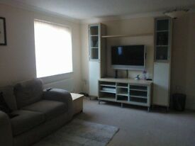 Double Room available in a 3 storey townhouse at St. James Village, viewings now available