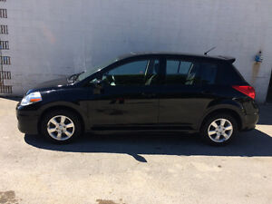 2012 Nissan Versa SL Hatchback (LOADED)