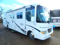 R-Vision Trail-Lite American RV, A Class 4 Berth Motorhome Only 8.8m Long