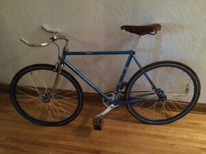 Velo fixed gear (fixie)