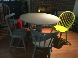 delivery included- solid wood dining table 3 chairs
