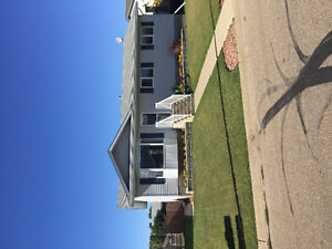 FOR RENT! WAINWRIGHT! 4 bd/3 Ba HOUSE TEXT 780-842-0694