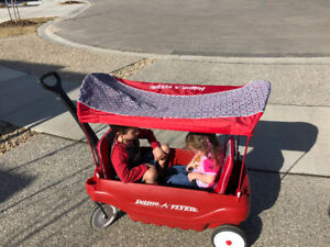 Radio Flyer Wagon with Canopy, Cushions