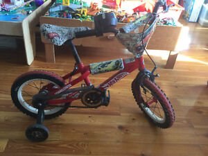 Hot Wheels 14 inch bike with rev