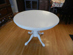 French Country Dinning Table
