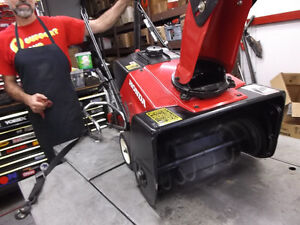 Experienced Service for all Honda Snowblowers Moose Jaw Regina Area image 6