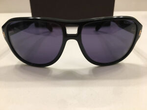 TOM FORD SUNGLASS