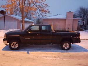 2002 GMC Sierra 2500 HD Pickup Truck