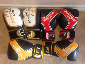 Fighter One MMA gloves. Sparing Boxing. MMA barely used.