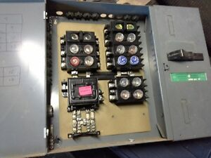 100 AMP Fuse Box / Electrical Panel and Sub Panel $ 75