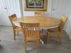 Solid Oak Dining Table And 4 Chairs From Furniturland