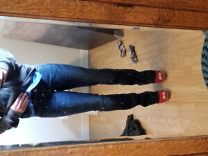 Silver bootcut jeans size 25 never worn