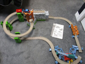 Thomas King of the Railway Castle Quest Set