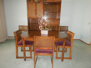 Oak Dining Room Suite 11 Pieces