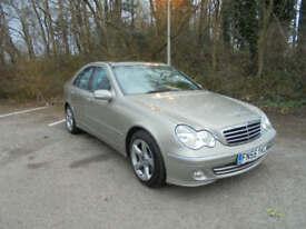 Mercedes-Benz C220 2.1TD auto 2006MY CDI Avantgarde SE SERVICE HISTORY